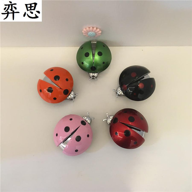 Lovely lady beetles Car styling Ornament Lady's car perfume clip Metal wing beetle Air refreshing agent for air conditioner
