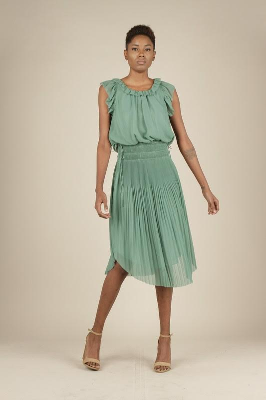 Short Sleeve Pleated Dress