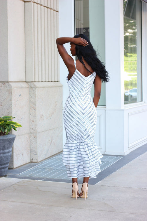 OFF TO BRUNCH | STRIPED DRESS