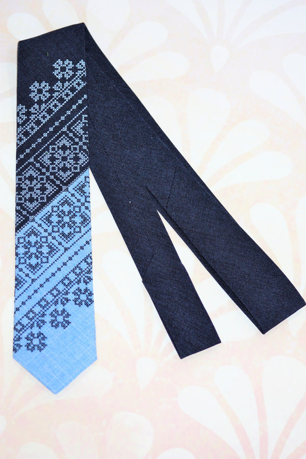 Blue Contrasts Necktie
