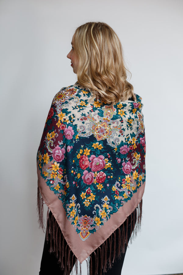Chic Shawl - Rose Garden