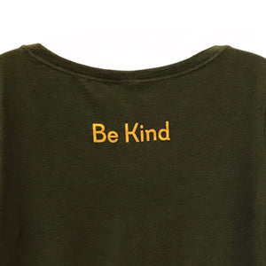#makeshifthappen  <div><b> BE KIND T-Shirt </b></div>