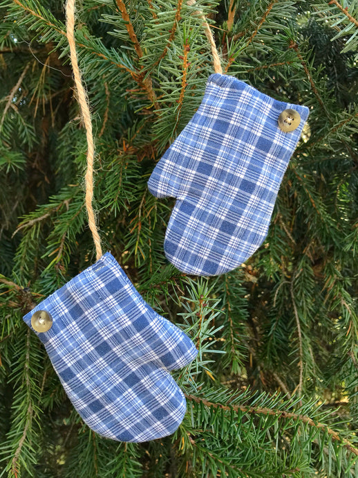 Mittens Memory Ornament