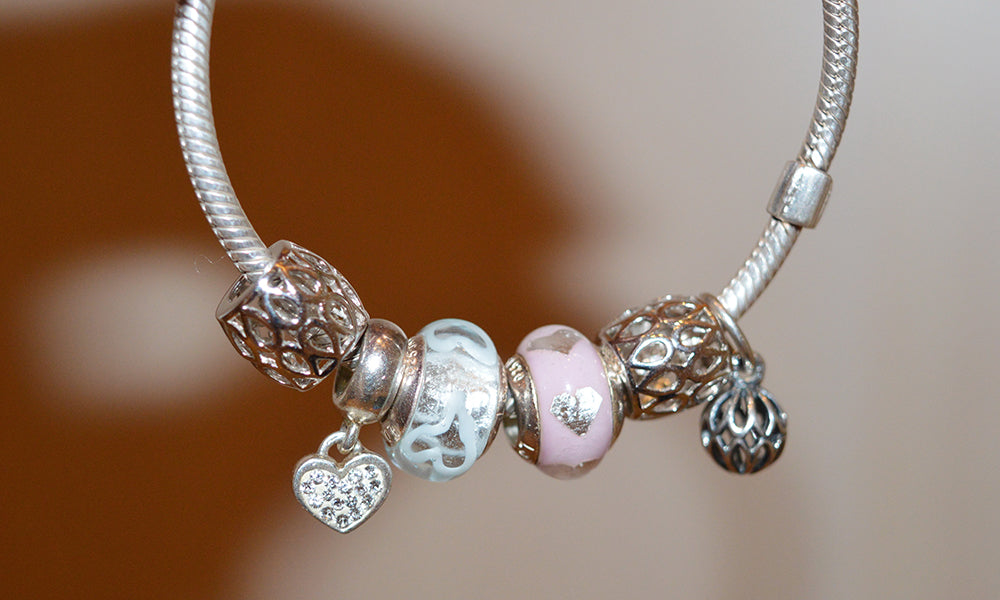 3 Things to Consider When Wearing a Charm Bracelets