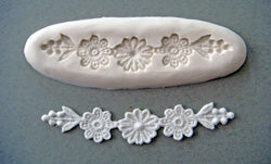 CK Lace-Maker Mould 1026 Daisy Swag