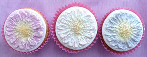 Karen Davies Mould - Daisy/Gerbera Cupcake top -WHILE CURRENT STOCKS LAST