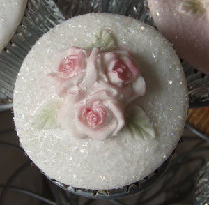 Karen Davies Mould - 3 ROSE Cup Cake Top