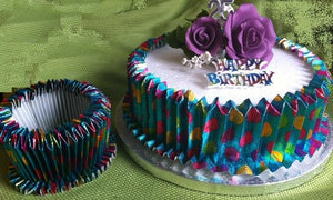 Expandable Collar - Party Cake Design