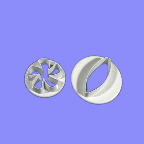 Lesser Periwinkle set of 2.  PME Cutters