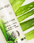 Calming And Hydrating Face Cream For Sensitive Skin With Aloe