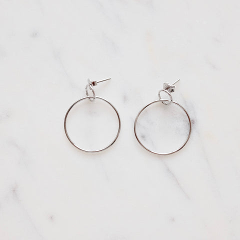 Simple Connected Hoop Earrings - We11made