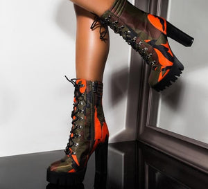 "Fabulous ""Let's Settle It"" Stylish New Mid Lace Up Hiker Camouflage Booties"