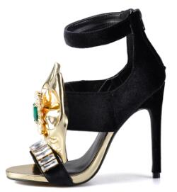 "Stunning ""Diamond's Are A Girl's Only Friend""  Bow Stiletto Heels"