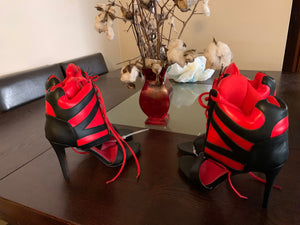 "Gorgeous ""Knock Umm Out"" Padded Ankle Booties"
