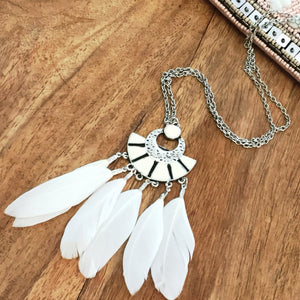 Feather Pendant Boho Necklace