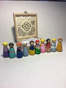 10 Peg-doll Princess Set in Wood Box