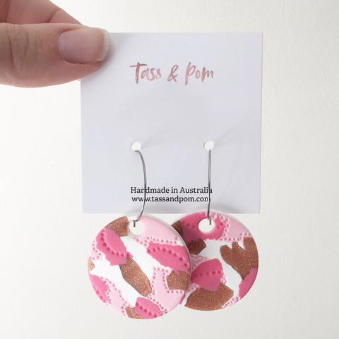 Example of earrings you can make at pop ups