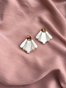Turn Petal earrings by Aacute