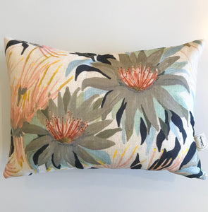 Zinnia cushion