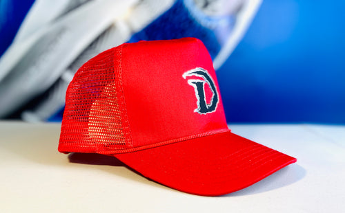 DRAGONS LOGO TRUCKER HAT