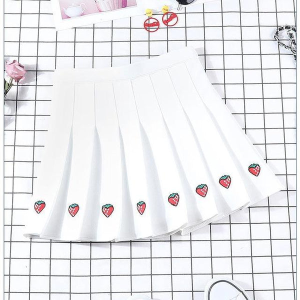 Berry Babe Skirt - White / XL - Skirts