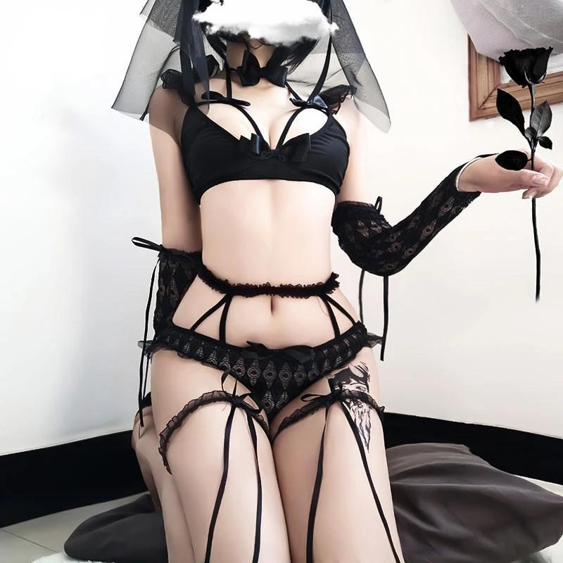 Veiled Gothic Bridal Lingerie Set