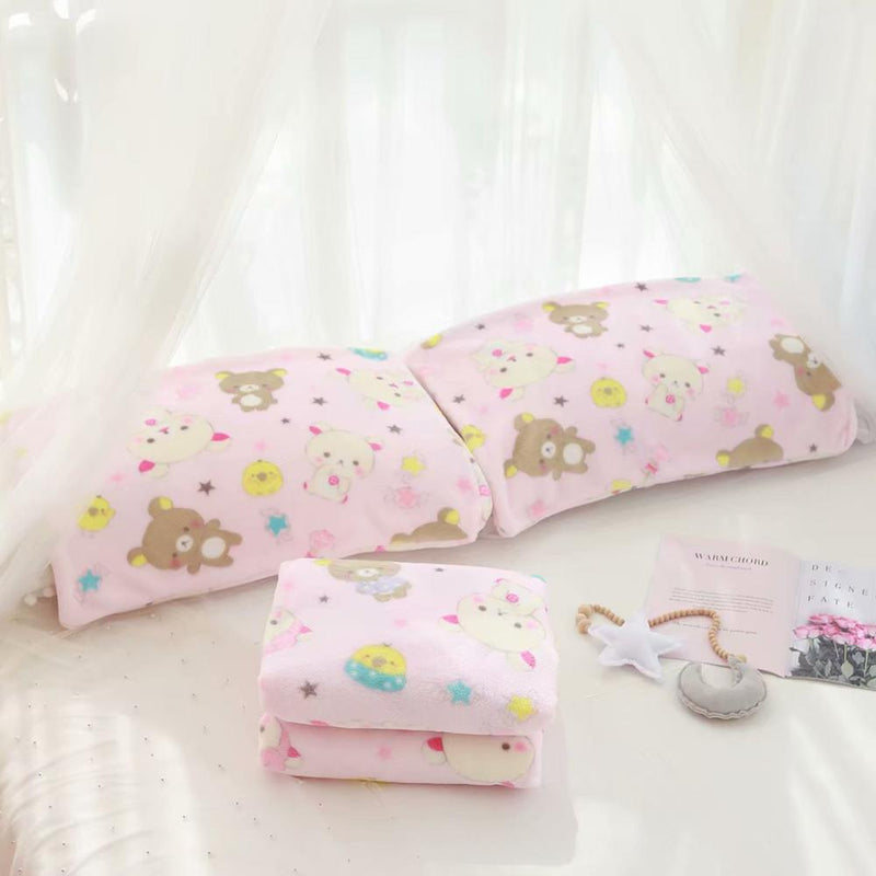 Tiny Bear Fuzzy Blanket Set