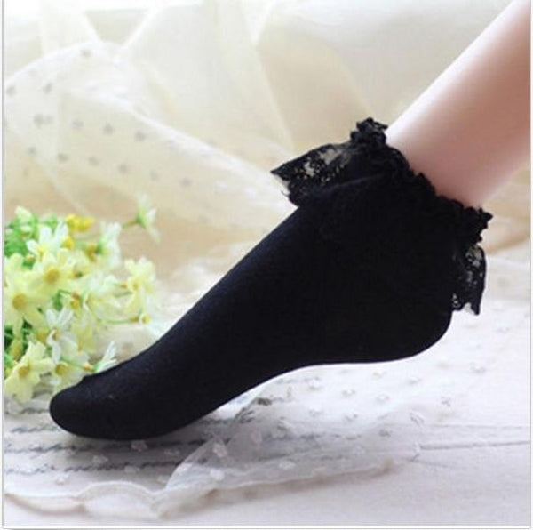 Sweet Black Frilly Lace Ruffled Bow Ankle Socks Lolita Kawaii Fashion