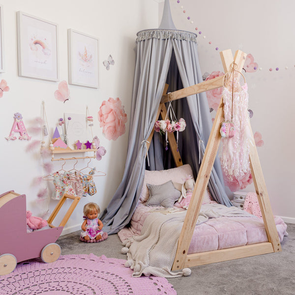 Kids Bed Canopies - Round vs Drape, which one will you choose?