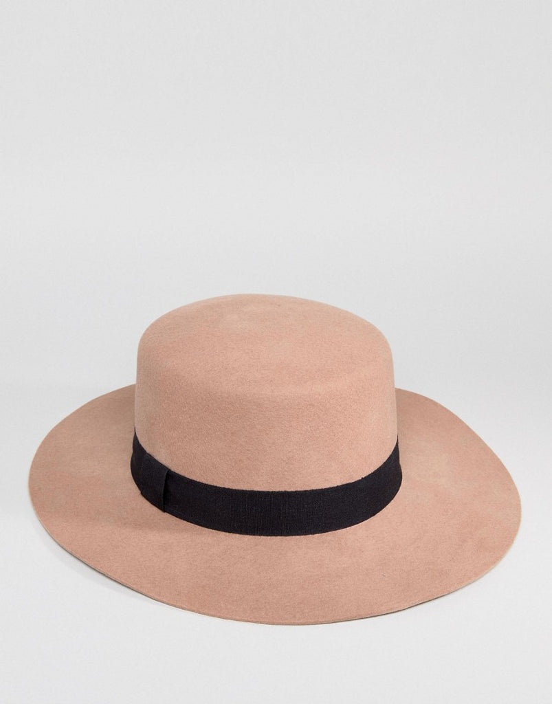 Hat in Light Camel with Size Adjuster