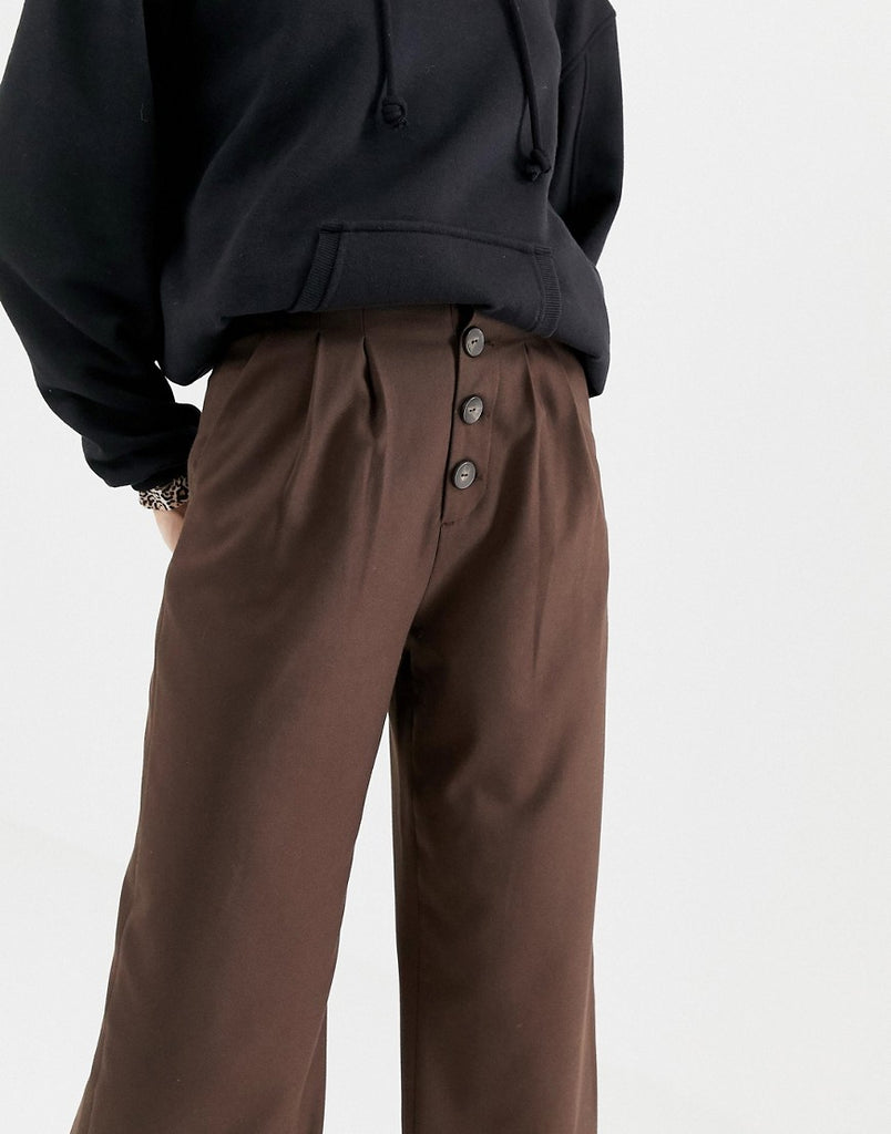 Wide leg trouser with button detailing