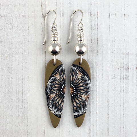 Flora Teardrop Earrings Tan