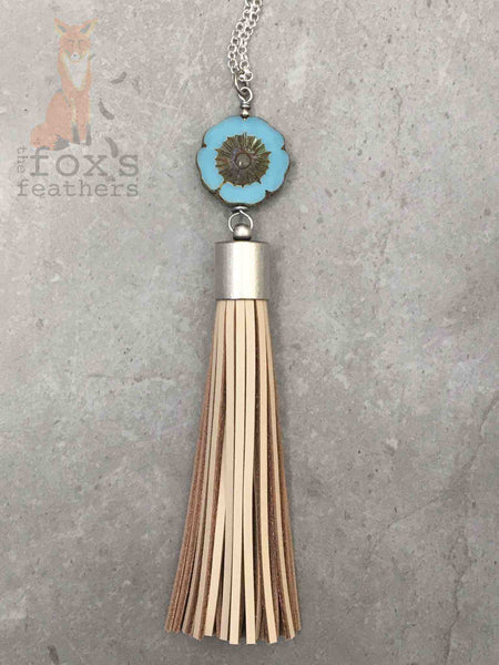 Flower Tassel Necklace Lagoon