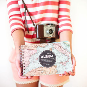 "Album voyage ""Partons nous perdre quelque part"" de la marque Mr Wonderful vendu sur l'e-shop www.the-happy-factory.com"