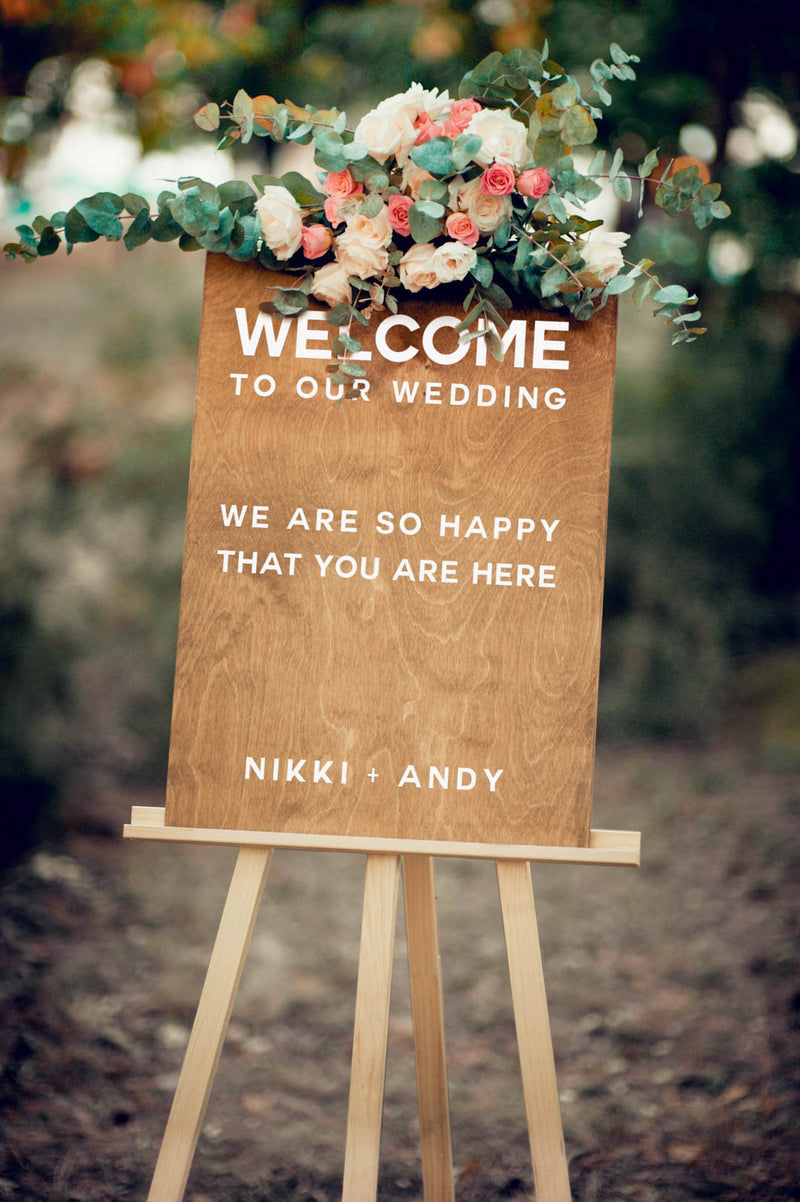 Vertical Personalized Wedding Sign