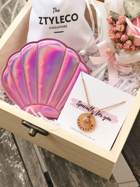 [BUNDLE] : Daily Dose of Vitamin Sea - Wooden Box with Seashell Charm Bracelet / Necklace (FREE Seashell Mirror)