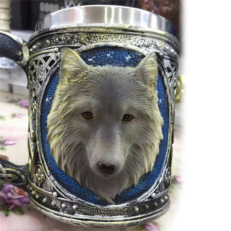 Retro Wolf Cup