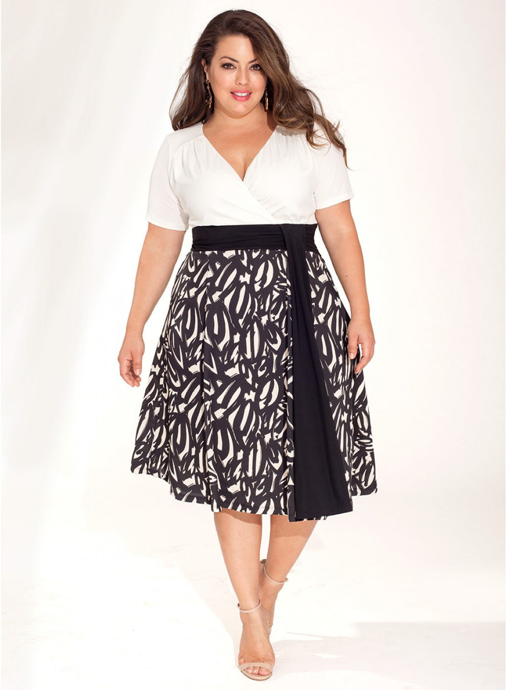 coco-plus-size-cocktail-dress-black-creme