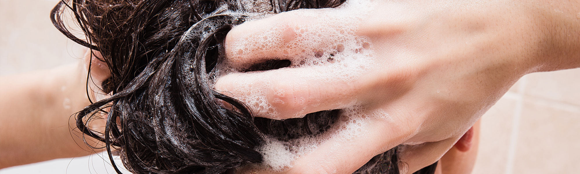Switching to Natural Shampoo: What You Need to Know