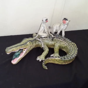 Crocodile & Monkey Ornament - Code 1019