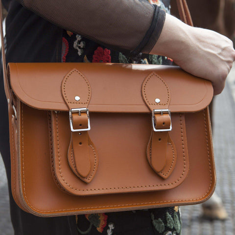 Womens- 11 Inch Magnetic Satchel in Leather - Canyon