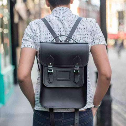 Portrait Backpack in Leather - Black
