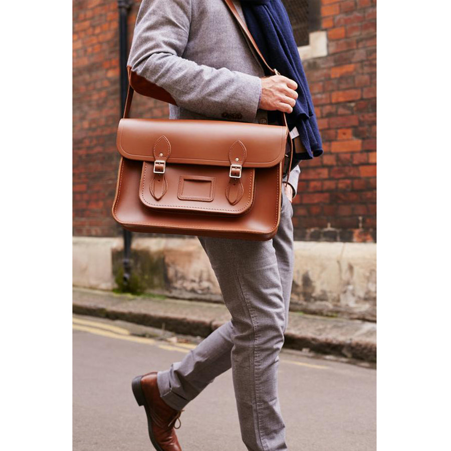 Mens-15 Inch Classic Satchel in Leather - Vintage