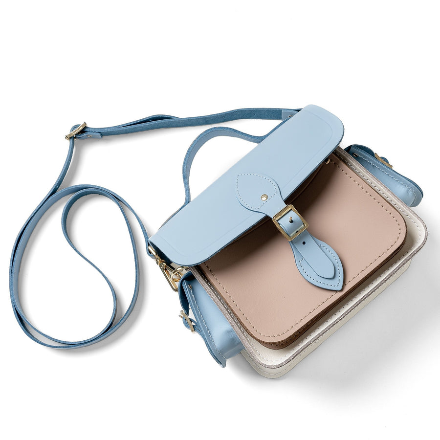 Traveller Bag with Side Pockets in Leather - Delphinium Matte, Biscuit Matte & Lily White