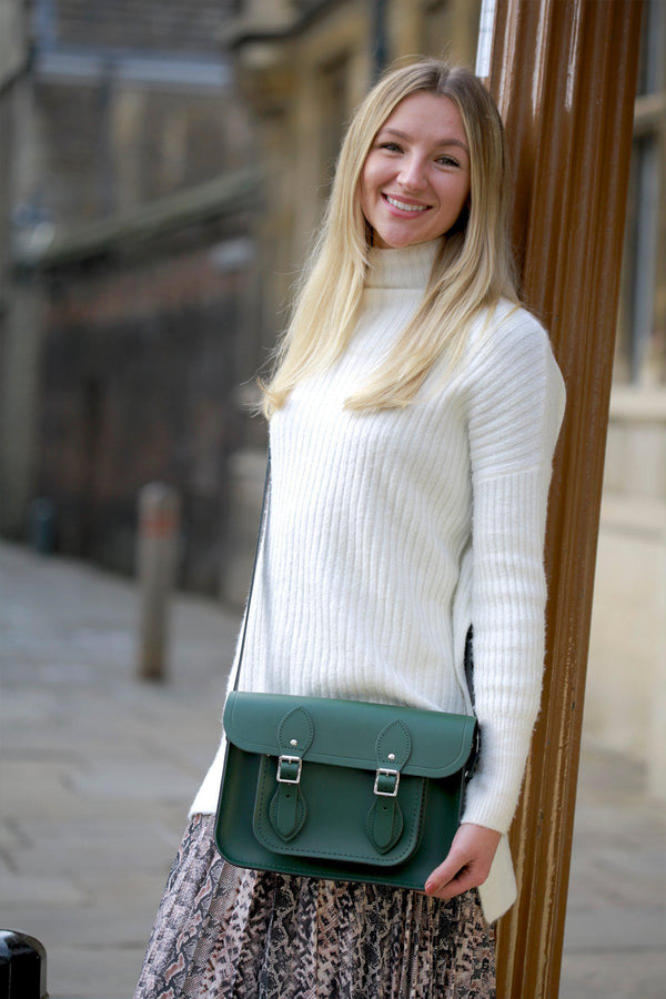 Womens- 11 inch Magnetic Satchel in Leather - Racing Green