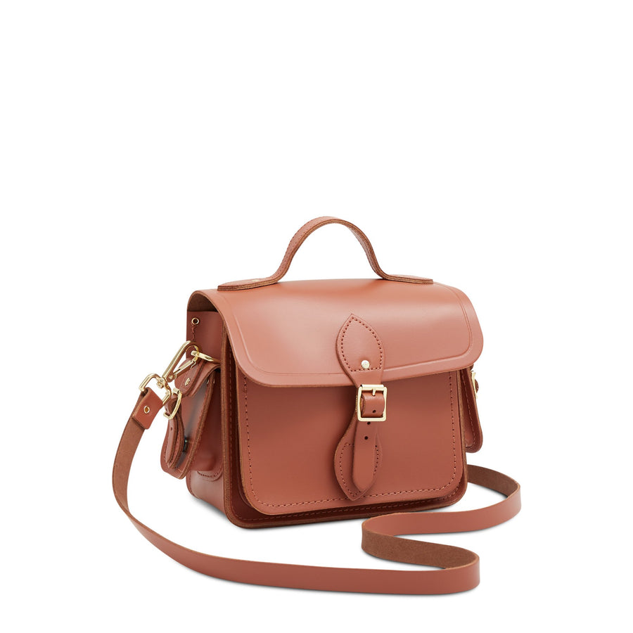 Traveller Bag with Side Pockets in Leather - Nutmeg | Unisex Cross Body Bag
