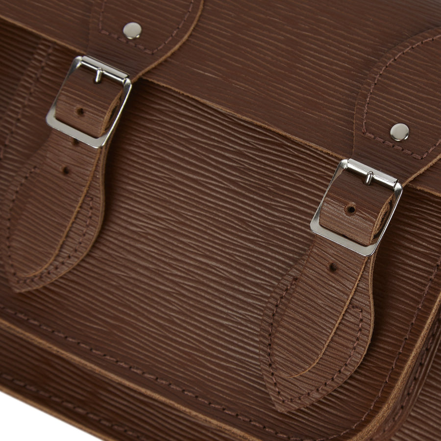 11 Inch Magnetic Satchel in Leather - Vintage Stripe Grain