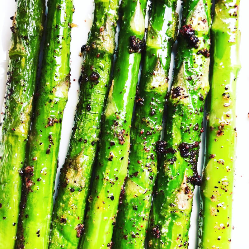 Sumac Roasted Asparagus (Vegan)