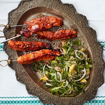 Spices to Detox & Simple Recipes to Kickstart a Healthy 2019 - Pomegranate Salmon Skewers