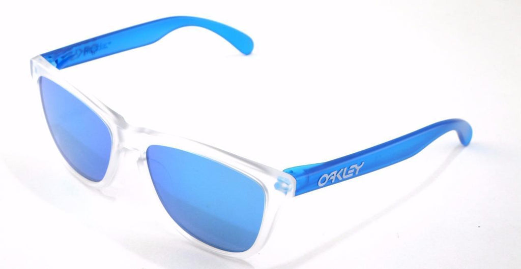 191f37023be Oakley Frogskins Colorblock Collection Clear Blue Sunglasses (OO9245-5154)